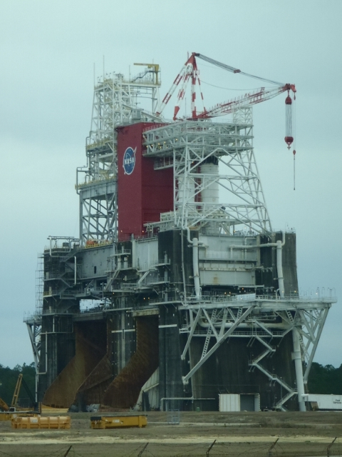 Engine test platform