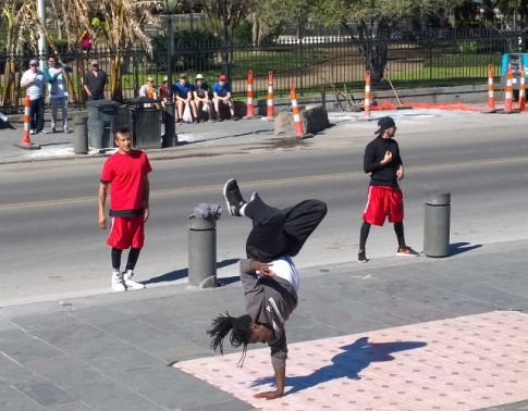 Break Dancing street show