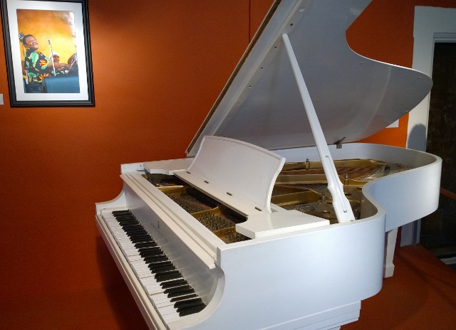 Fats Domino piano
