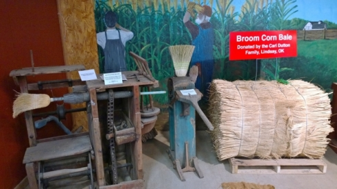 How to make a corn broom