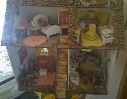 White Oaks Museum - Doll House