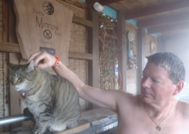 Riverbend Hot Springs - Minnow the cat
