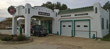 Shackleford Historical Sinclair Gas Station