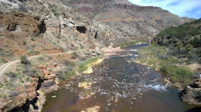 Salt River Canyon from old bridge road