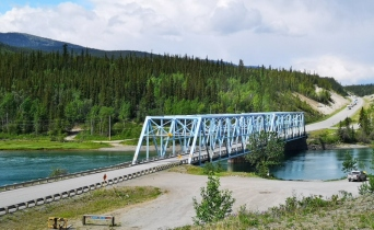 Yukon River - note line of cars coming down the hill due to line painting