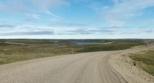 Road to Tuk