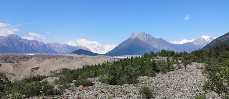 Root Glacier in centre