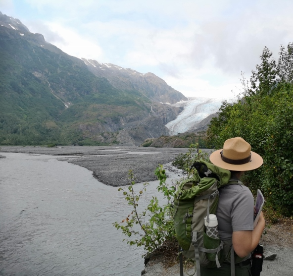 Ranger guided walk to the Glacier