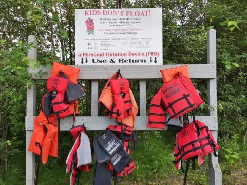 Loaner life jackets for kids