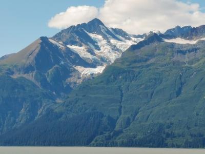 Glacier on other side of Mud Bay