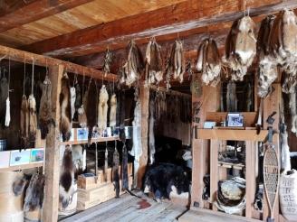 Furs and fur press