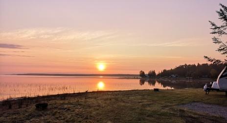Sunrise in South Baymouth