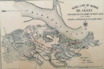 Confederate Red line earthen fortifications versus Union Blue line batteries