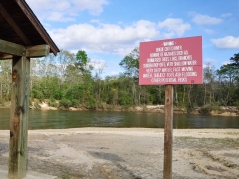 Warnings about the Boque Chitto River