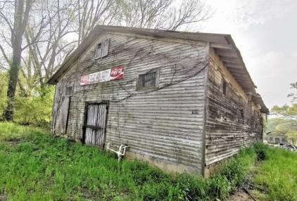 Mama's Old Store